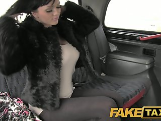 FakeTaxi: Massive large..