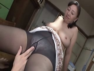 Asian mature sweetie hot sex..