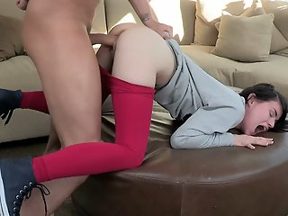 Huge cock did not fit in her..