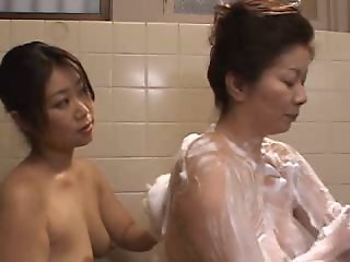 Sexy Japanese Lesbos 4a